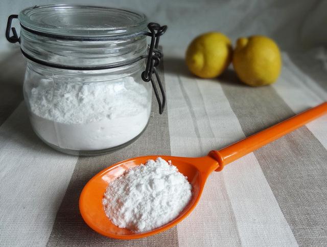 bicarbonat de sodiu pentru dinti
