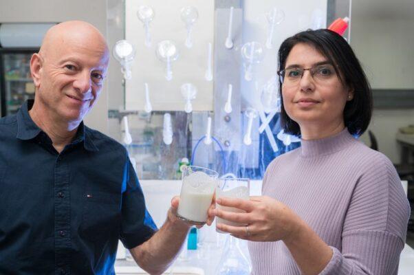 Prof. Raz Jelinek și Orit Malka, încrezători în Kefir/ Foto: israelhayom
